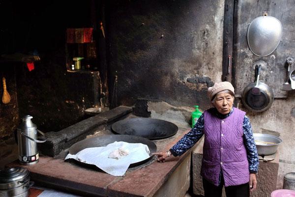 Die Küche der früheren Nobelherberge, Ouyang House Shaxi