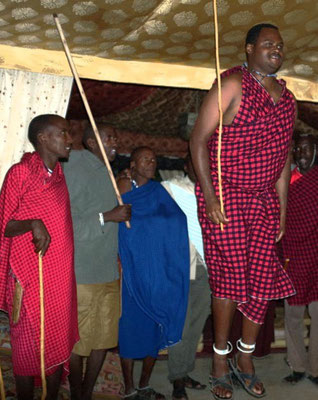 Massai Personal im Shu'mata Safari Camp