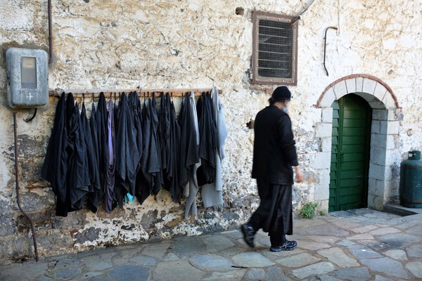 Stumme Mönche im Kloster Prodromou