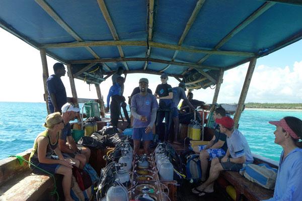 Einführung auf dem One Ocean Tauchboot
