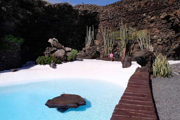 Jameos del Agua Lava-Pool von César Manrique