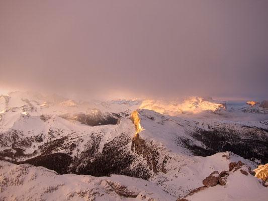 Sonnenaufgang vom Rifugio Lagazuoi, Dolomiten Südtirol