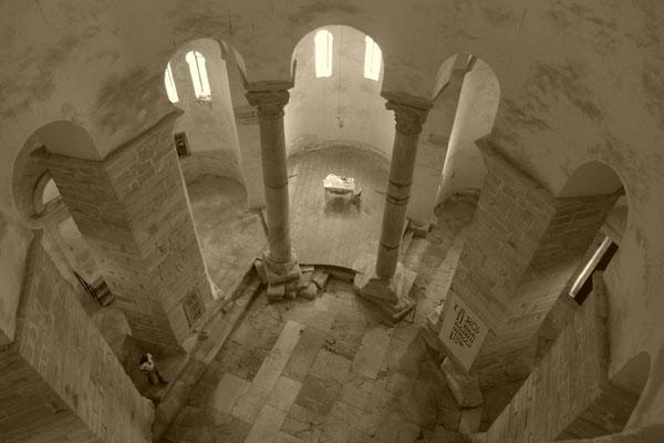 Blick von der Galerie, Kirche Sveti Donat in Zadar