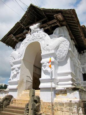 Lankatilaka  Wanderung bei Kandy Sri Lanka