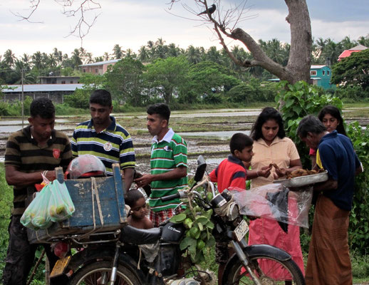 family trip Tissamaharama Tissa Wewa lake Sri Lanka