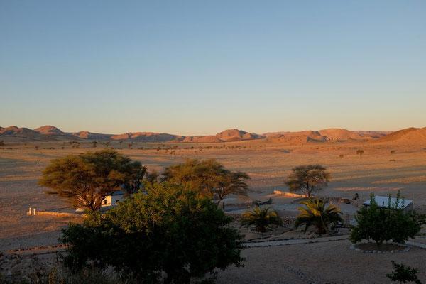 Blick von Tsondab Valley Lodge, Namibia