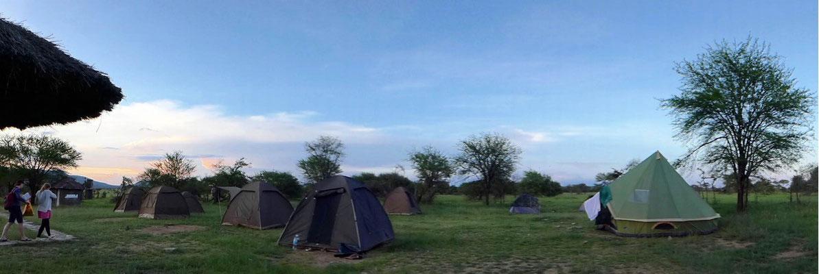 Campingplatz ohne Zäune, Pimbi Campsite Serengeti Tansania