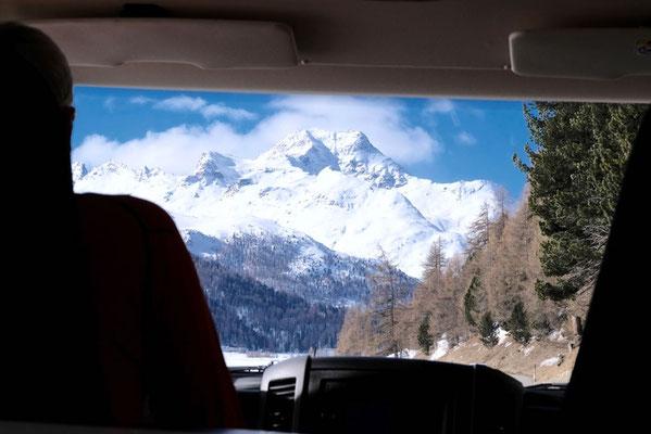 Anfahrt durch die Graubündner Berge