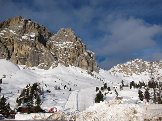 Seilbahn zur Berghütte Rifugio Lagazuoi, Dolomiten Südtirol