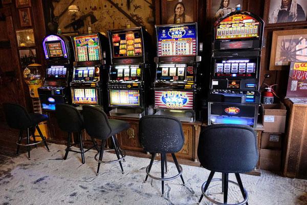 Spielautomaten Spieltische Deadwood Saloon No 10