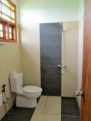 Bathroom SERENE PARK Tissamaharama, Sri Lanka