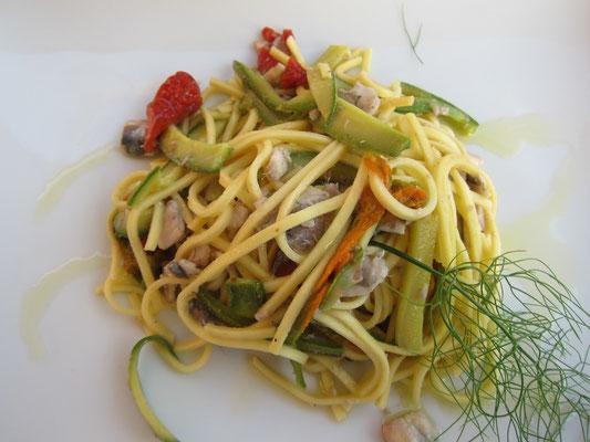 Pasta mit Sardellen, Castelnuovo Magra Trattoria Armanda, Ligurien