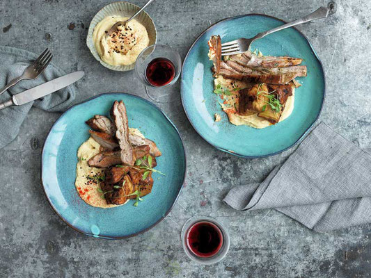 Die neue griechische Küche Lammbrust mit Miso-Aubergibe