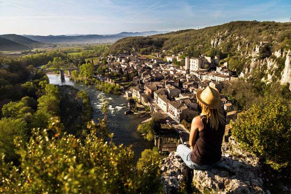 Ardeche Dorf Vogüé, Marina Geray - Pont d'Arc-Ardèche