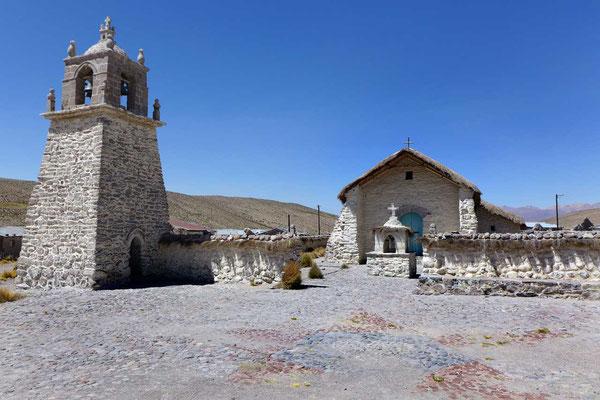 Kirche von Guallatire