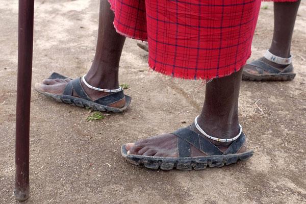 Autoreifen Sandale, das Schuhwerk der Massai
