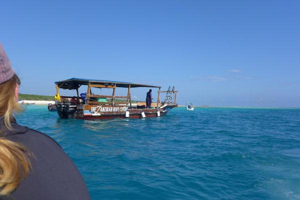 Das One Ocean Tauchboot erwartet uns