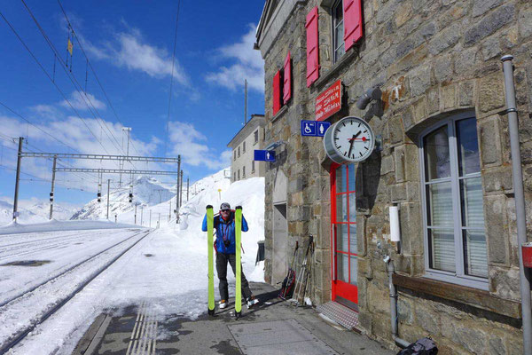 Bahnstation für Skifahrer Ospizio Bernina