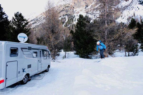 Zurück im Winter Campingplatz Morteratsch, Engadin