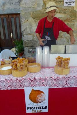 Fritule in Istrien: heiß & fettig aber lecker