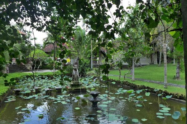 Museumsgarten Puri Lukisan Ubud