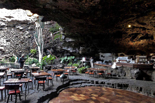 Jameos del Agua, Cooler 'Höhlen Club'