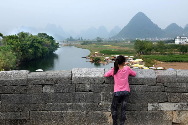 Das Yulong Tal von der Dragon Bridge