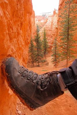 Bryce Canyon Wanderung, Lehmschuhe nach dem Regen