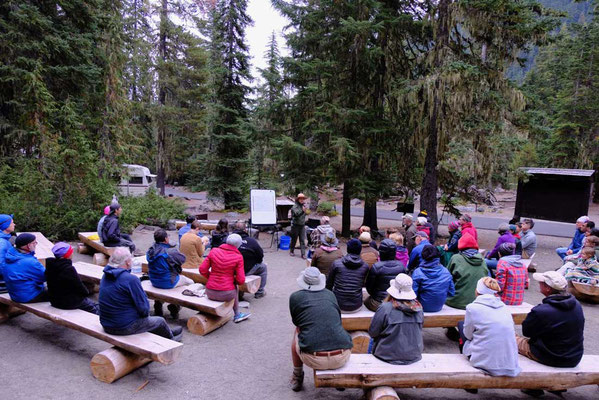 Campfire-Talks mit Ranger - White River Campground Mount Rainier National Park