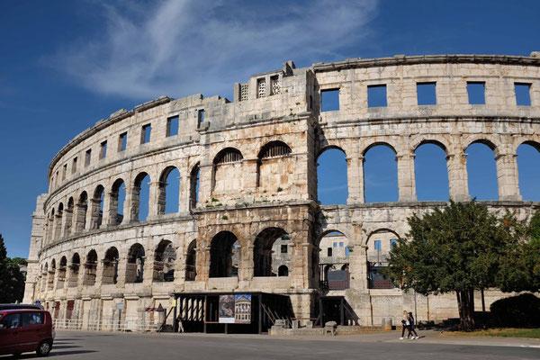 Die Arena von Pula, auch heute noch beeindruckend