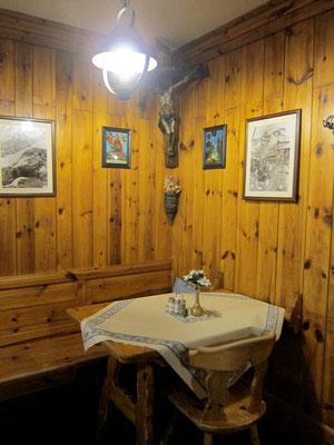 Gute Stube, Berghütte Rifugio Lagazuoi, Dolomiten Südtirol