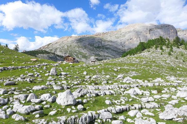 GranFanes Hütte Dolomiten Dolomiten