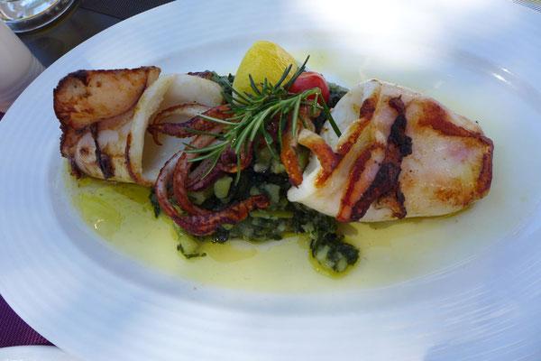Beste Calamari vom Holzkohlengrill im Laterna Grill Losinj