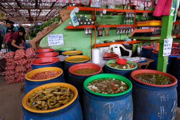 Eingelegtes auf dem Markt in Arica