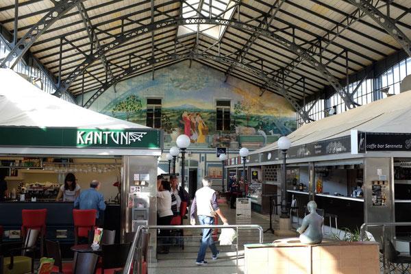 Sehenswerte Markthalle in Pula