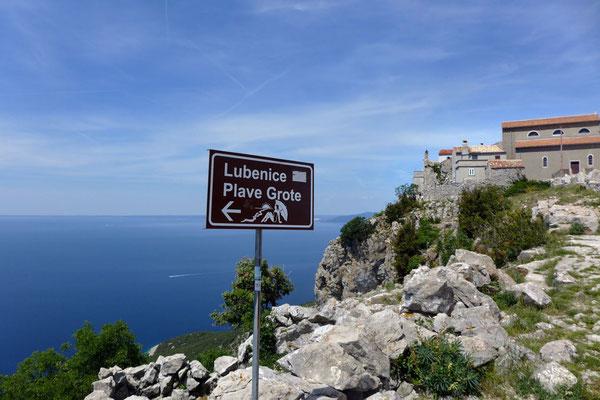 Wanderung zur Blauen Grotte Bucht in Lubenice
