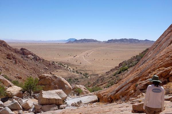 Eagle Trail, der Abstieg durch den Canyon (Klein-Aus-Vista, Namibia)