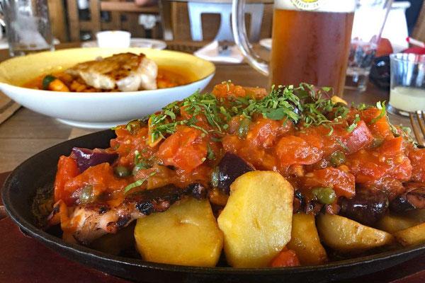 Gegrillter Octopus, Kartoffeln und Putanesca Sauce, Restaurant Bakulic La Serena