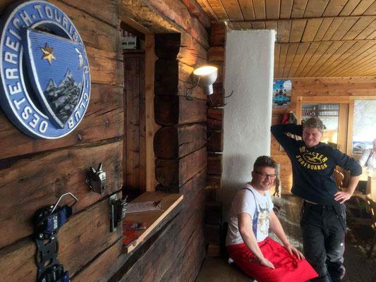 Die lässigen Wirte von der Speiereck-Hütte