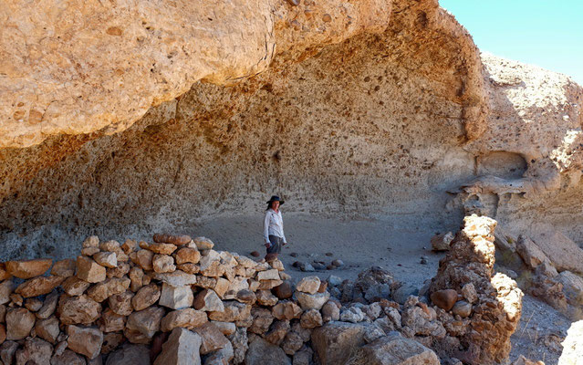 Henno Martin Höhle, Namibia
