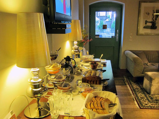 Großartiges Frühstück im Enastron, Dimitsana