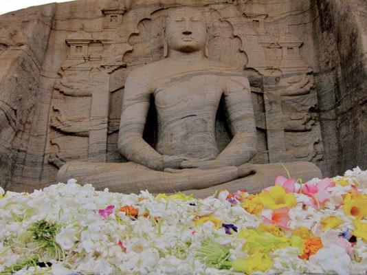 Gal-Vihara-Figuren Polonnaruwa Sri Lanka Polonnaruwa Sri Lanka