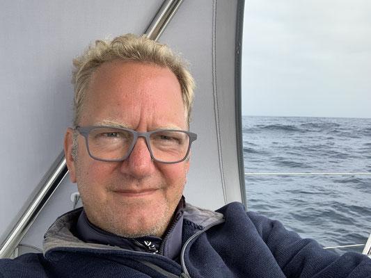 Der Wind und das Wasser machen solche Tage dann doch wieder zu einer etwas kühlen Angelegenheit ... deshalb dick eingepackt  um das Cap Finisterre