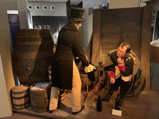 Im Geschichtsmuseum konnte man erfahren, dass selbst Napoleon auf seinem Weg ins Exil auf St. Helena im Südatlantik kurz vor Madeira vor Anker lag und einige Flaschen Wein mit auf den Weg bekommen hat!