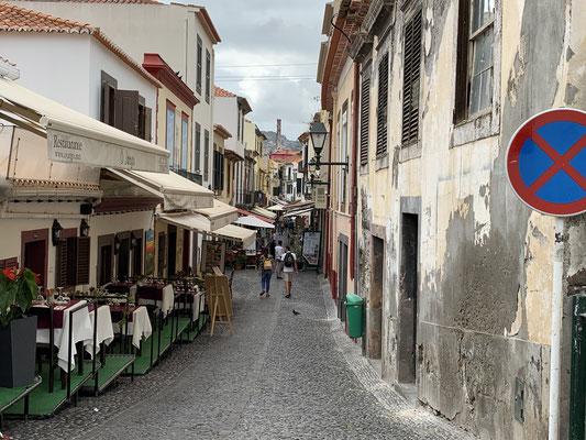 Und Restaurants en Masse ... abnehmen werde ich in Funchal also schonmal nicht ;o/