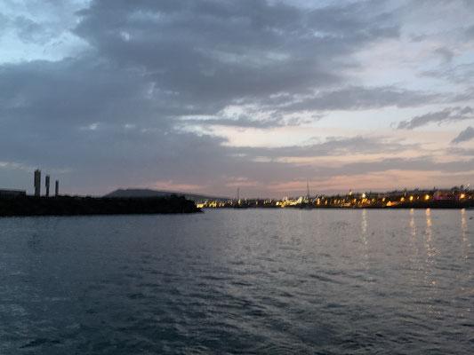 ... abends gibts dann in der Regel noch einen kleinen Abendspaziergang und/oder eine kleine Abendtour im Schlauchboot ...