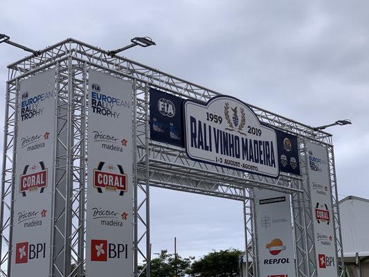3 Tage war in Funchal Rallye angesagt ... ein Straßenkurs mitten durch die Stadt ...