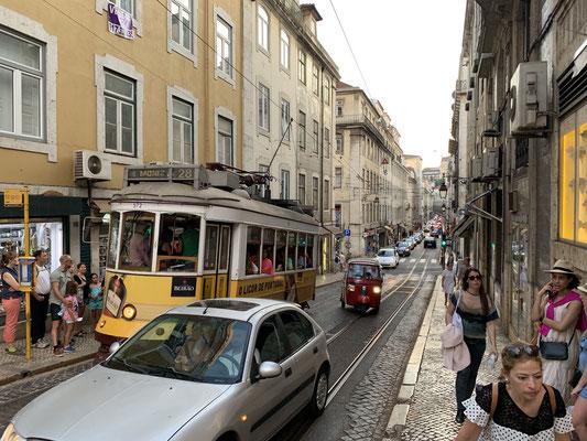 .. und durch die Gassen Lissabons