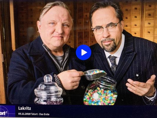 """Zur Entspannung gibt es dann regelmäßig Bord""""Kino"""" .. .dank Internet auch mal einen guten Münsteraner Tatort !!!"""