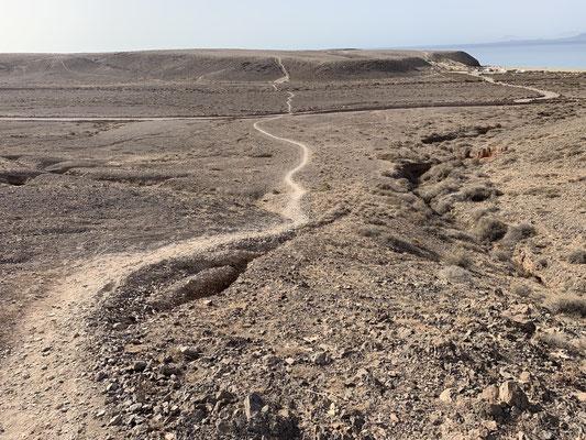 In den letzten drei Monaten war ich auch ein paar mal joggen ... hier die Strecke ... es ist karg auf Lanzarote ... aber es hat trotzdem seinen Reiz!
